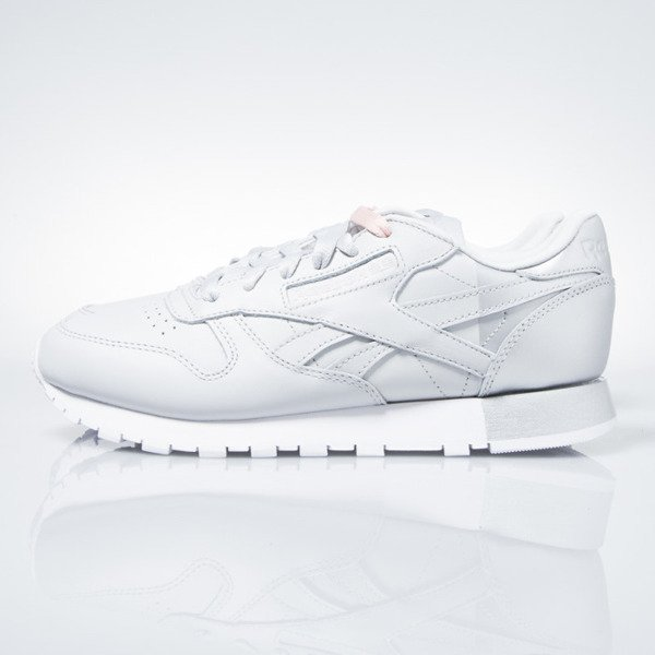 Sneakers buty Reebok WMNS Classic Leather Matte Shine skull grey / white / silver (AR3072)