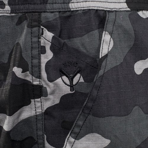 Spodnie Backyard Cartel Joggers Black Wood black camo
