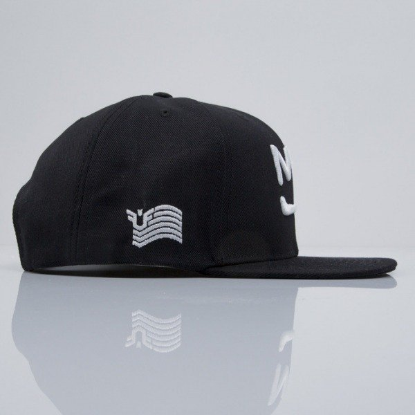 Urban Flavours czapka snapback New York Crown black