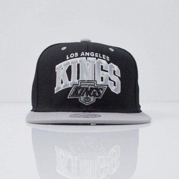 low priced 1b3d3 8646e Mitchell   Ness cap snapback Los Angeles Kings black Team Arch ND12Z    Bludshop.com