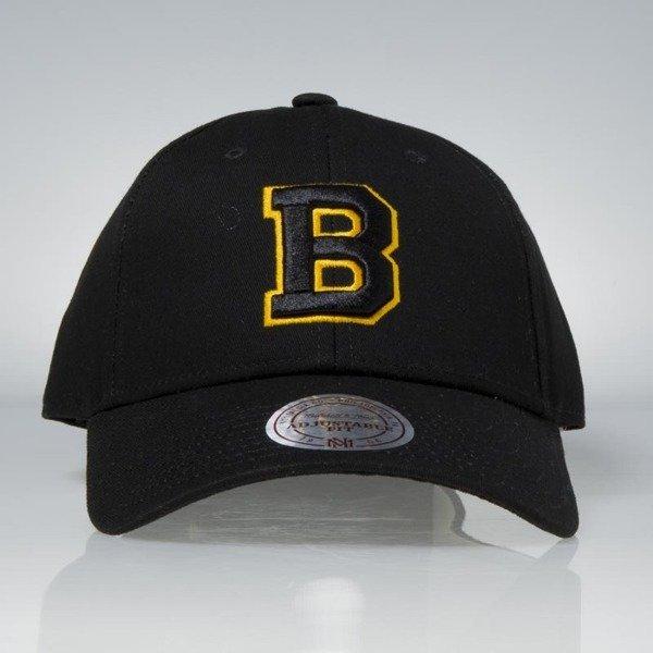Mitchell   Ness strapback Boston Bruins black Team Logo Low Pro ... 5fb63f6fef9