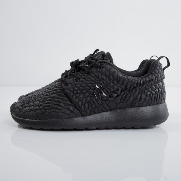 Nike Roshe One DMB triple Noir (807460 001)