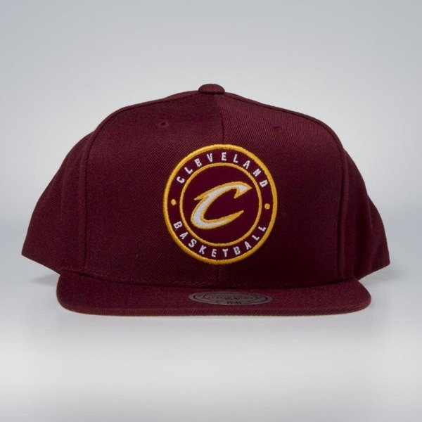 Mitchell   Ness cap snapback Cleveland Cavaliers burgundy Twill Circle  Patch  80ea625fb9bc