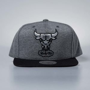 Cap Mitchell & Ness snapback Chicago Bulls grey / black Fleece Clear Logo