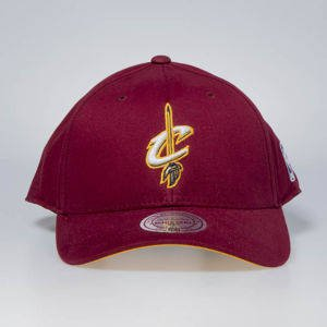 Cap Mitchell & Ness snapback Cleveland Cavaliers burgundy Flexfit 110 Low Pro