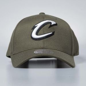 Cap Mitchell & Ness snapback Cleveland Cavaliers olive Flexfit 110