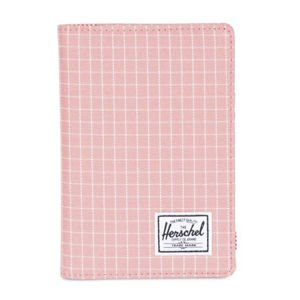 Herschel Raynor + Passport Holder strawberry grid 10373-01518