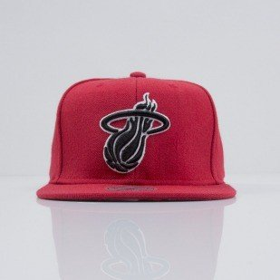 Mitchell & Ness cap snapback Miami Heat red Logo Series VE39Z