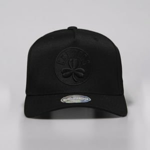 Mitchell & Ness snapback Boston Celtics black Black On Black 110