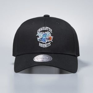 Mitchell & Ness snapback Charlotte Hornets black Team Logo Low Pro
