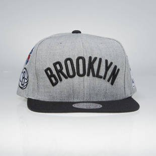 Mitchell & Ness snapback cap Brooklyn Nets grey / black 058VZ TEAM LOGO HISTORY