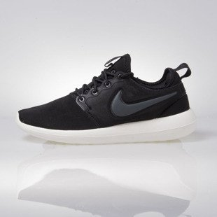 Nike WMNS Roshe Two black (844931-002)