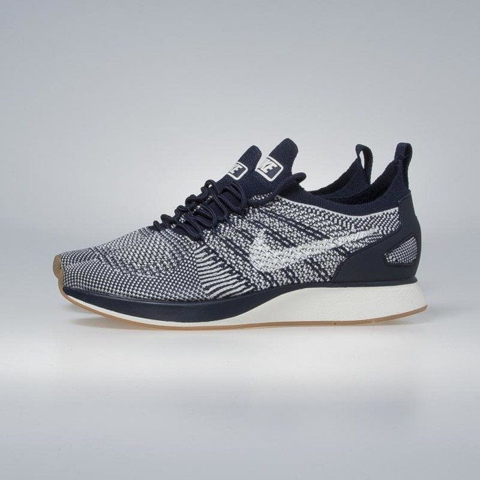 b11f511407ee ... Nike WMNS Air Zoom Mariah Flyknit Racer college navy   sail 917658-400  ...