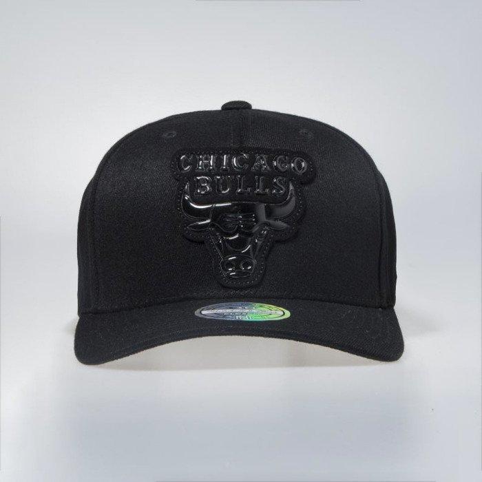 new product db190 aea61 ... discount cap mitchell ness chicago bulls black metallic logo flexfit  110 snapback 4a2e7 2eb83
