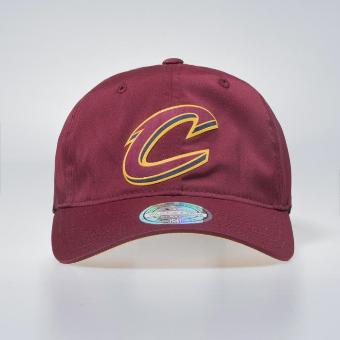 ... Cap Mitchell   Ness Cleveland Cavaliers burgundy Light   Dry Strapback  Current ... 21424e3ea22