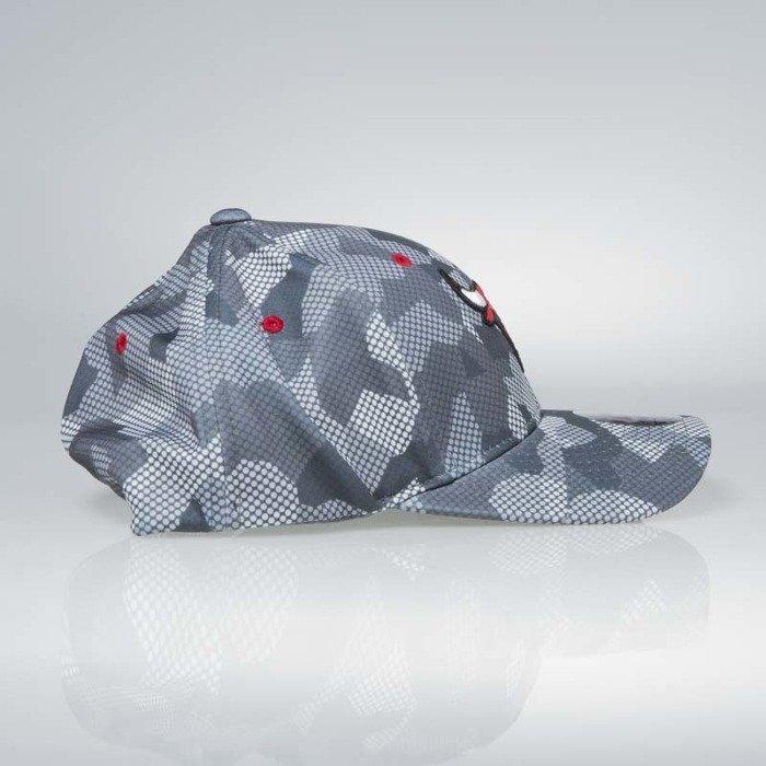 ... Cap Mitchell   Ness flexfit slouch Chicago Bulls grey Carbon Camo ... 3588d0f6118f