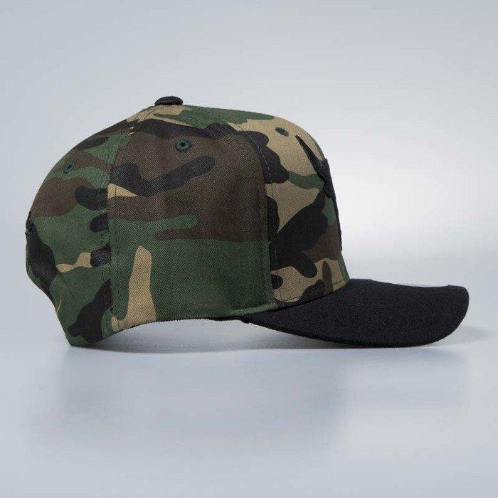 ... Cap Mitchell   Ness snapback Chicago Bulls wwoodland camo   black Camo  Flexfit ... 42613e024e2f