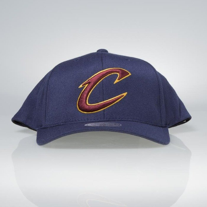 0bf4149ee658c ... Flexfit 110 · Cap Mitchell   Ness snapback Cleveland Cavaliers navy  Team Logo High Crown Flexfit ...