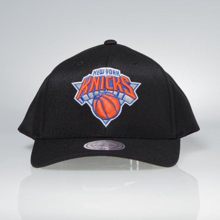 ... Cap Mitchell   Ness snapback New York Knicks black Team Logo High Crown  Flexfit ... 5f192e7f7cb0