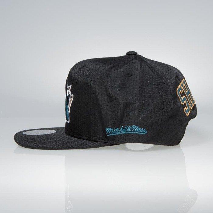 super popular 8111e 77975 ... Cap Mitchell   Ness snapback San Jose Sharks black Black Ripstop  Honeycomb ...