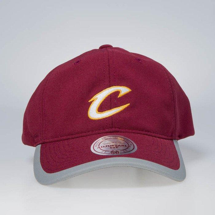 9eb736ea Cap Mitchell & Ness strapback Cleveland Cavaliers burgundy Running  Reflective Trim Slouch | Bludshop.com