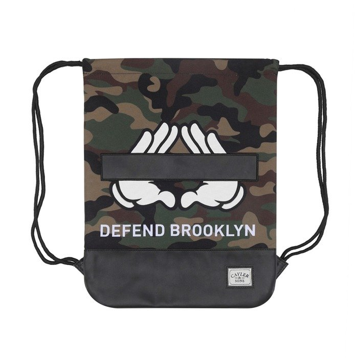 Cayler   Sons gym bag Defend Brooklyn woodland   black   white  (WL-CAY-HD15-GB-06)  8868f72e136