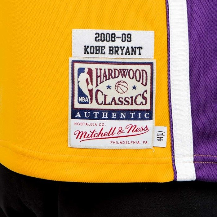 c24c1f2b24e Jersey Mitchell & Ness Los Angeles Lakers - Kobe Bryant 2008-09 yellow /  purple ...