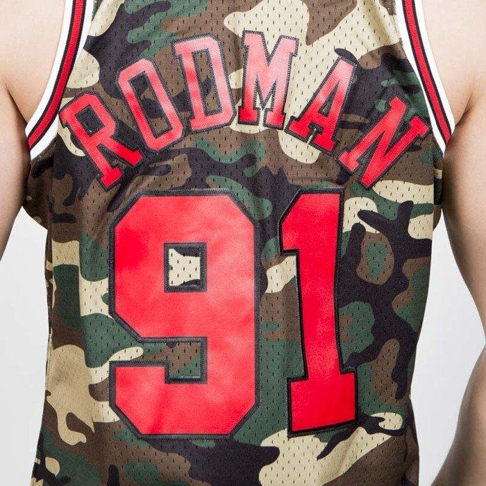 903c62efc ... Mitchell & Ness Chicago Bulls #91 Dennis Rodman camo Swingman Jersey ...