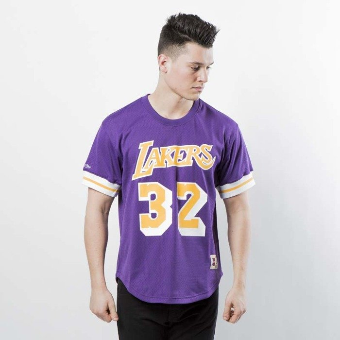 f8403d6b Mitchell & Ness Los Angeles Lakers - Magic Johnson purple / yellow Name &  Number Mesh Crewneck | Bludshop.com