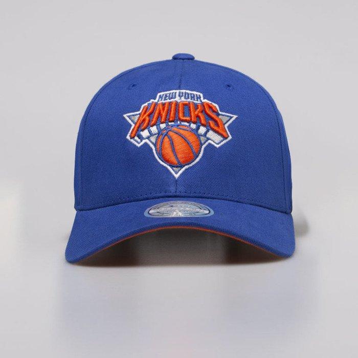 9b202d05f9a69 ... Mitchell   Ness Snapback Cap New York Knicks blue NBA Team Logo Low Pro  110 Snapback ...