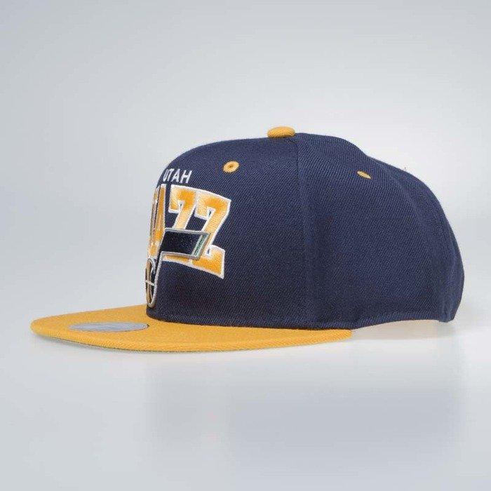 61ea32711645 Mitchell   Ness Utah Jazz Snapback Cap navy   yellow Team Arch ...