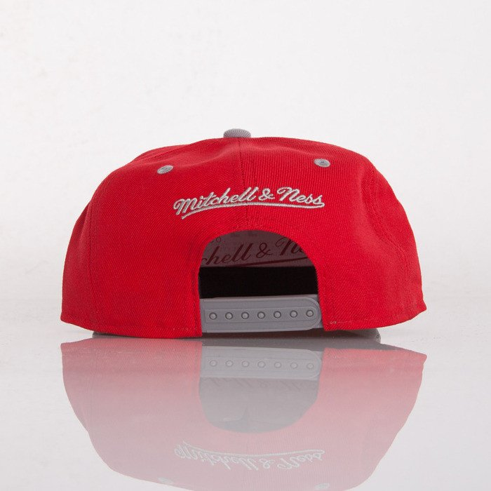 758ee0d6759 ... Mitchell   Ness cap Detroit Red Wings red Paint Brush EU149 ...