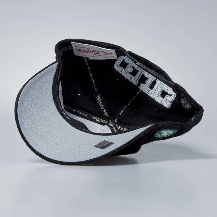 1b9dcfcde7dc7b Mitchell & Ness cap snapback Boston Celtics black Eazy Flexfit 110 ...