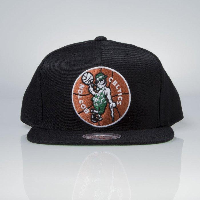 84168dc1d Mitchell & Ness cap snapback Boston Celtics black Wool Solid / Solid ...