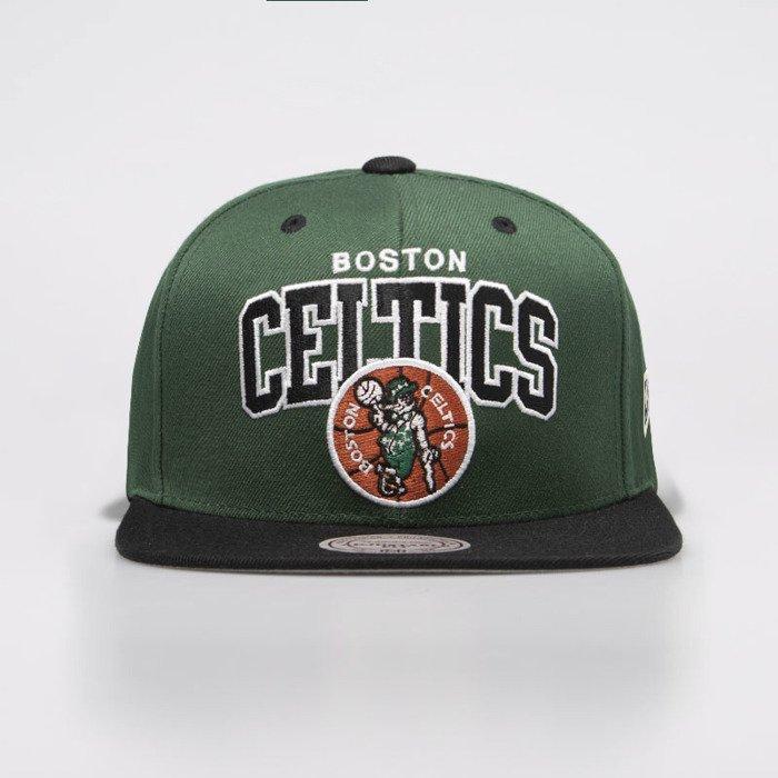 bdc50d81408300 ... Mitchell & Ness cap snapback Boston Celtics green / black HWC Team Arch  Snapback ...