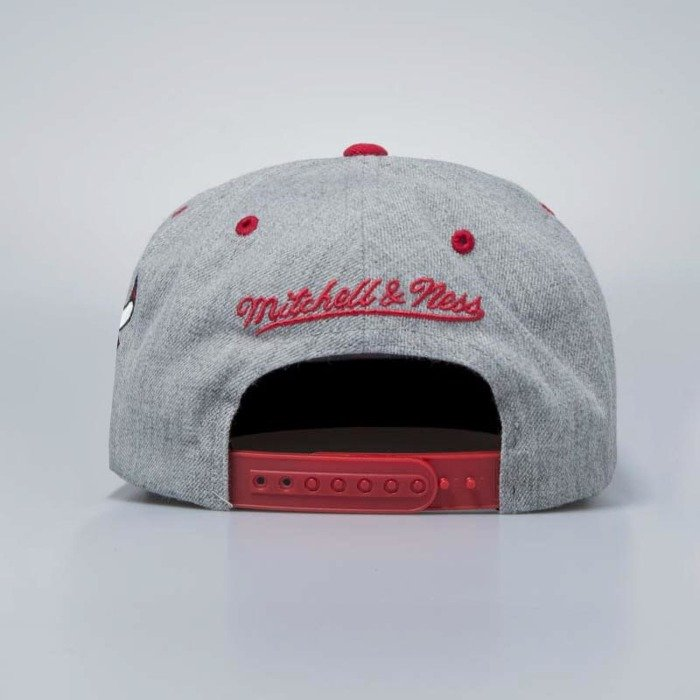 big sale c36eb f02c3 ... amazon mitchell ness cap snapback chicago bulls grey heather side panel  cropped e069c 85a4e