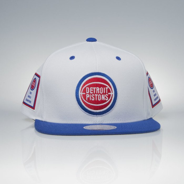317f5efaa ... Mitchell   Ness cap snapback Detroit Pistons white   royal Bad Boy Era  Back To Back ...
