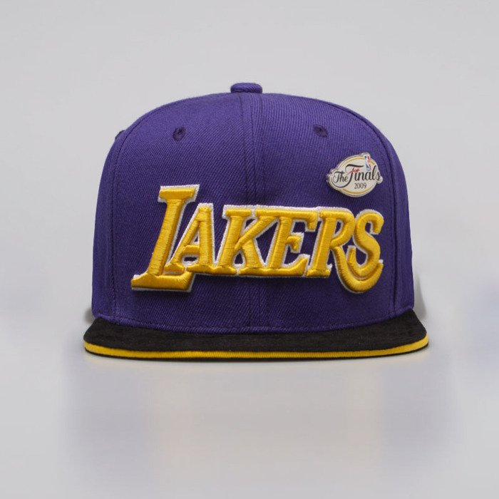 2664d974 ... Mitchell & Ness cap snapback Los Angeles Lakers purple LA Pinned  Snapback ...