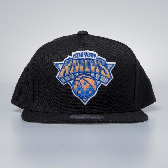 1573a8ef4c6 ... Mitchell   Ness cap snapback New York Knicks black Easy Three Digital  ...