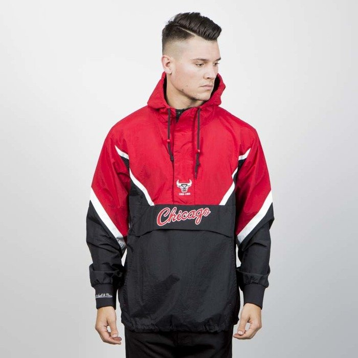 96b417e401c ... Mitchell   Ness jacket Chicago Bulls Half Zip Anorak Jacket black  ...