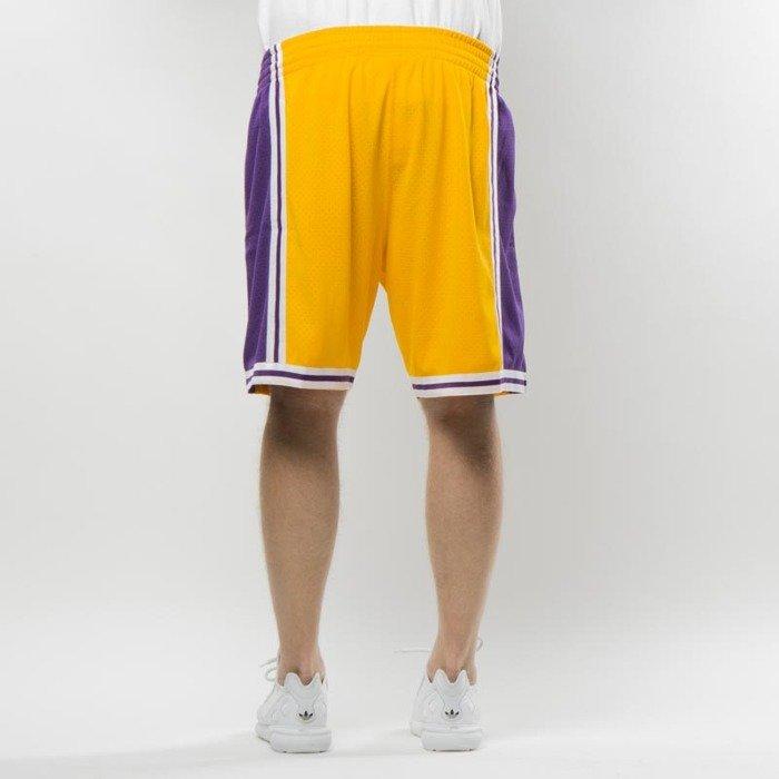 Mitchell & Ness shorts Los Angeles Lakers yellow Swingman Shorts