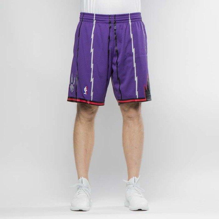 Mitchell   Ness shorts Toronto Raptors purple Swingman Shorts ... 8f7945d0b