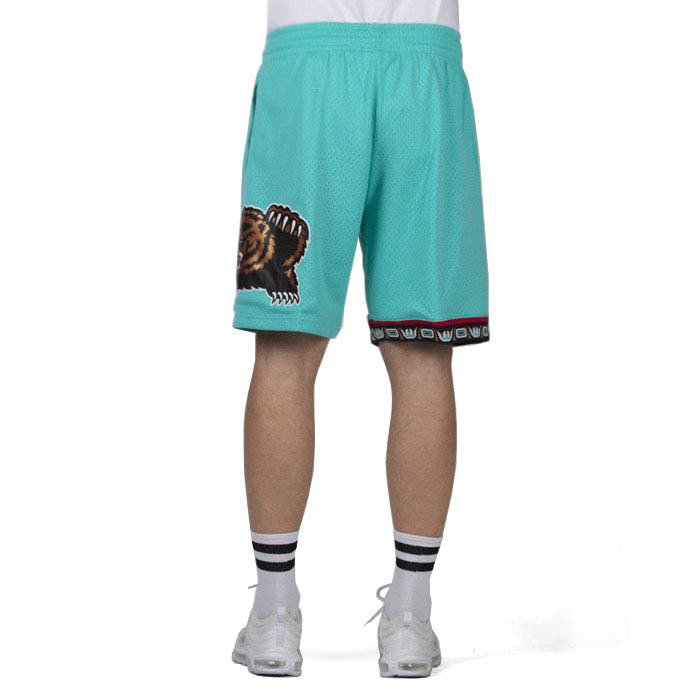 7d5989f206884 ... Mitchell & Ness shorts Vancouver Grizzlies teal Swingman Shorts ...