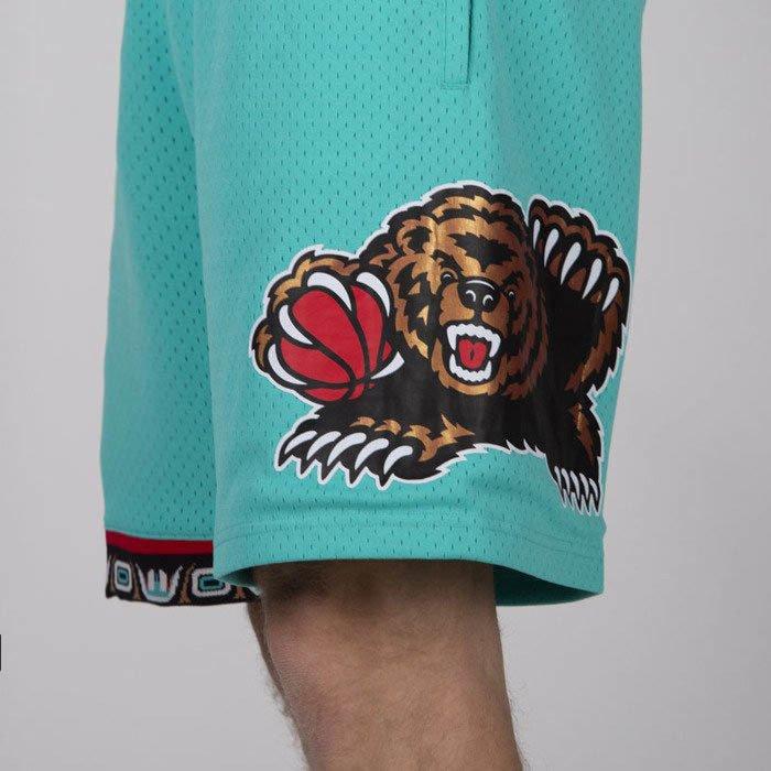 90de1f4aa4 ... Mitchell & Ness shorts Vancouver Grizzlies teal Swingman Shorts ...