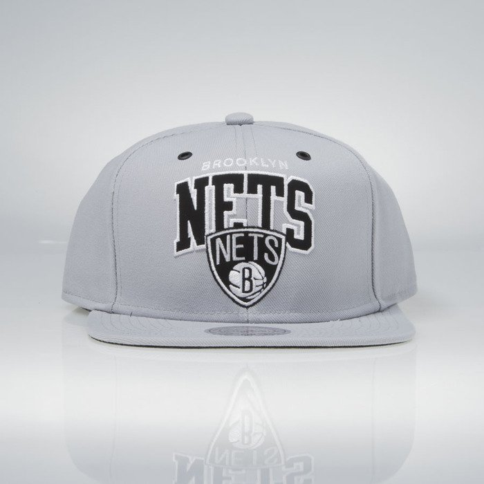 376bef0d44ee29 ... Mitchell & Ness snapback Brooklyn Nets grey EU965 Black and White ...