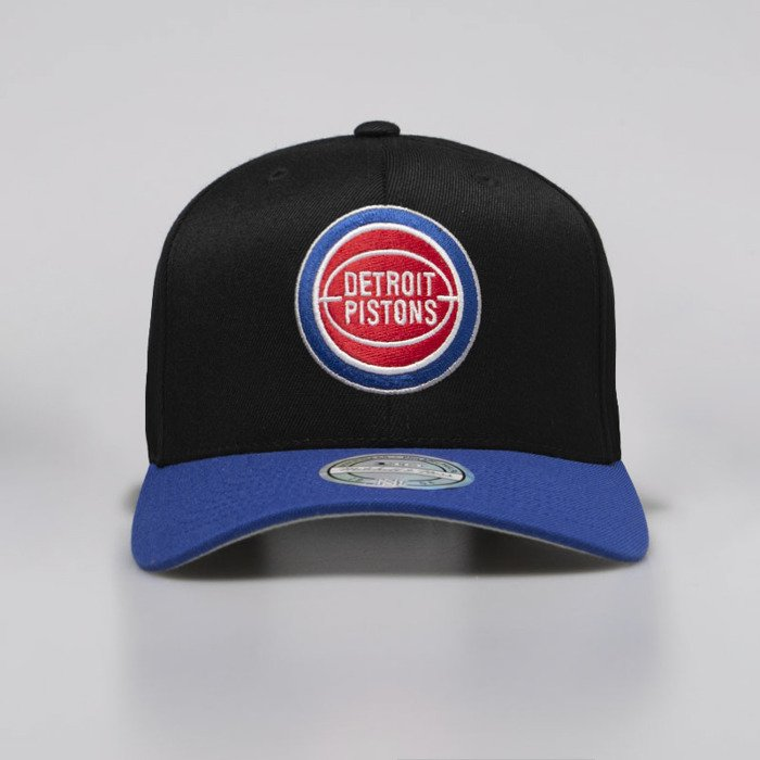 more photos e9abf e7d9c ... 110 · Mitchell   Ness snapback Detroit Pistons black   royal 2 Tone ...