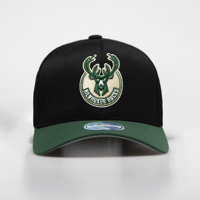 new style 9a2f0 0d4c9 Mitchell   Ness snapback Milwaukee Bucks black   green 2 Tone 110    Bludshop.com