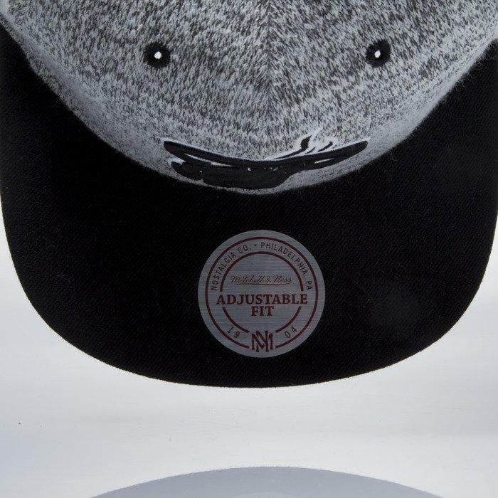 f87fcf8935f19 ... Mitchell & Ness snapback cap Miami Heat grey heather / black EU957 GREY  DUSTER ...
