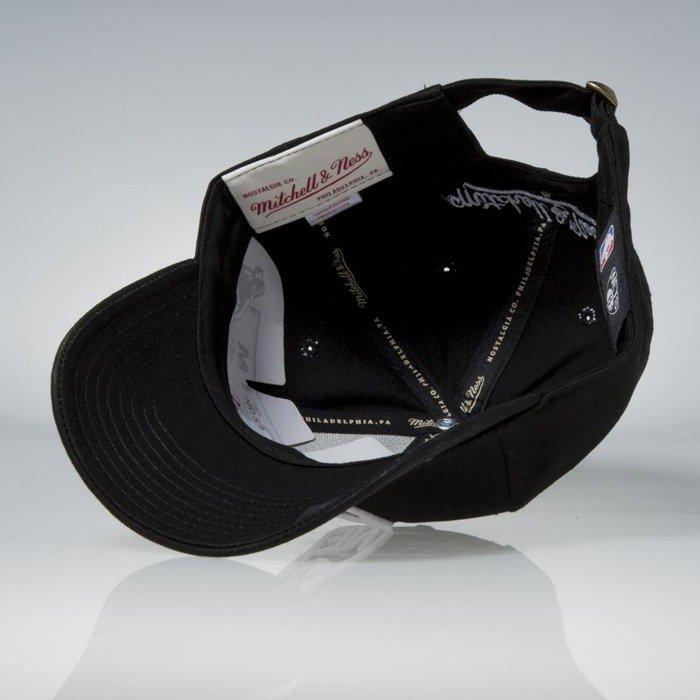 new styles 7c584 b8fd9 Mitchell   Ness strapback Brooklyn Nets black Team Logo Low Pro ...