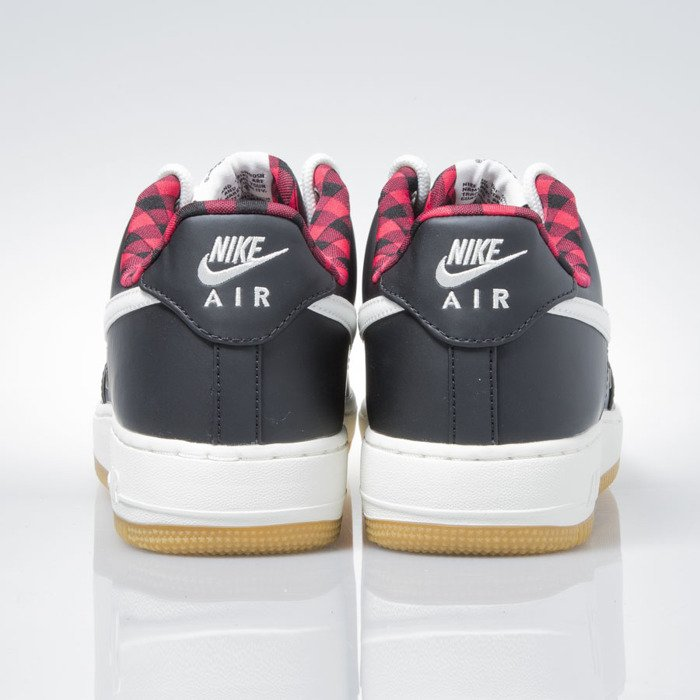 nike air force 1 black action red